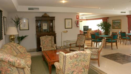 Hotel Pictures: , Portomarin
