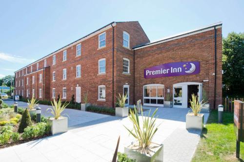 Premier Inn Farnham