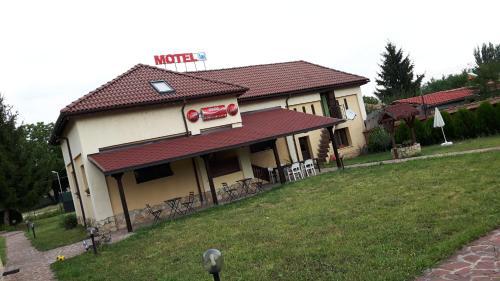 Hotel Pictures: Complex Fretly, Gorni Dŭbnik