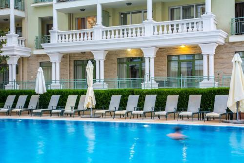 Photos de l'hôtel: Gold Corp Apartments, St Constantin et Helena