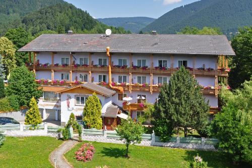Fotos do Hotel: Wellness Wanderhotel Wanzenböck, Puchberg am Schneeberg