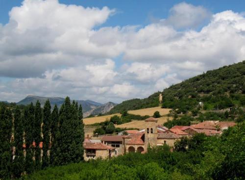Hotel Pictures: Casa Rural Dondevilla, Ahedo del Butrón
