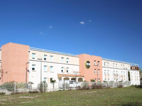 Hotel Pictures: , Saint-Victoret