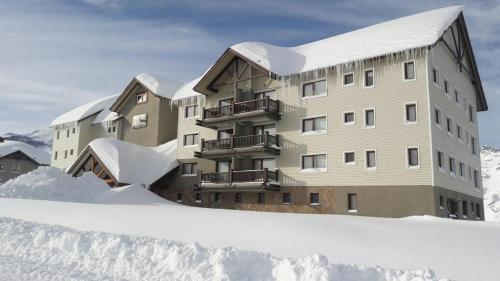 Hotel Pictures: Valle Nevado Apartamento Ski In Out, Valle Nevado