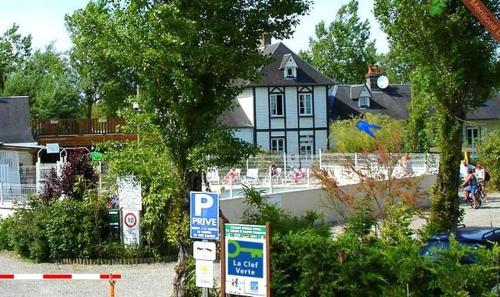 Hotel Pictures: , Saint-Firmin