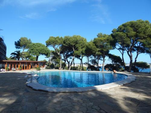 Hotel Pictures: Eden Mar VII Girorooms, Calonge