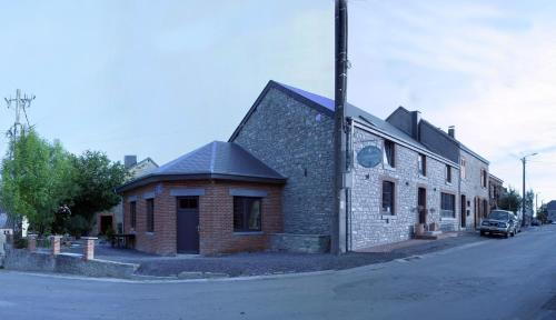 Chateau Lavaux Sainte Anne Restaurant