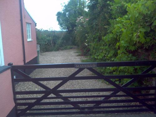 Hotel Pictures: Mayfield Cottage, Langport