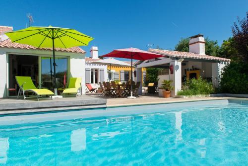 Hotel Pictures: Les Yeux Bleus Bed & Breakfast, Noirmoutier-en-llle
