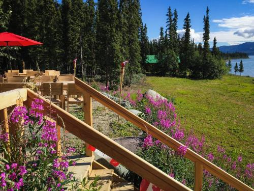 Hotel Pictures: , Tagish