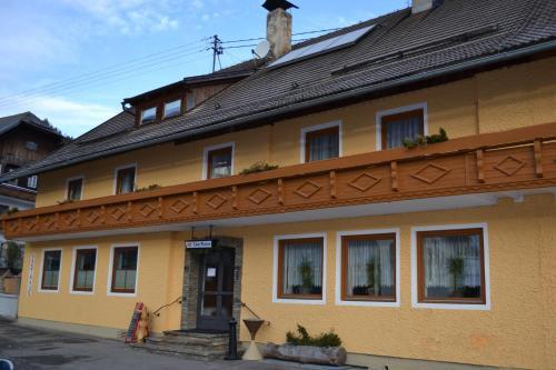Hotellikuvia: Gasthaus zum Platzer, Rennweg