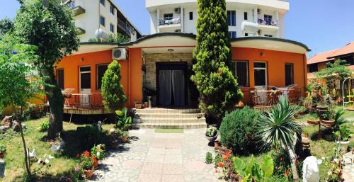 Fotos do Hotel: Guroal Apartments, Shëngjin