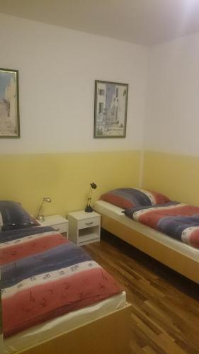 Hotel Pictures: Apartment Dorn, Jüchen