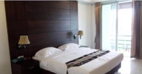 Dwell Apartment Hotel