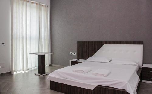 酒店图片: Brilant Hotel, Fier
