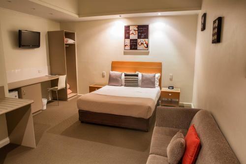 Fotos do Hotel: Burkes Hotel Motel, Yarrawonga