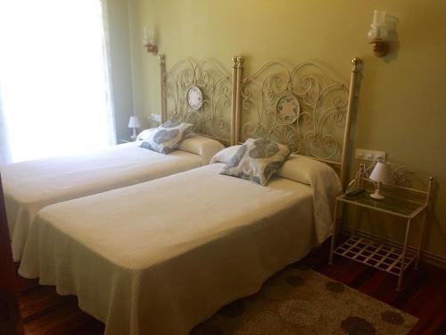 Hotel Pictures: Hostal Galicia, Monforte de Lemos