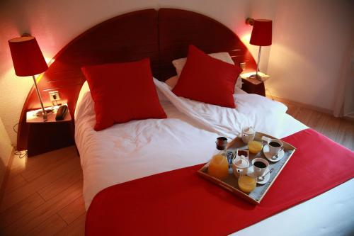 Hotel Pictures: , Lagarrigue