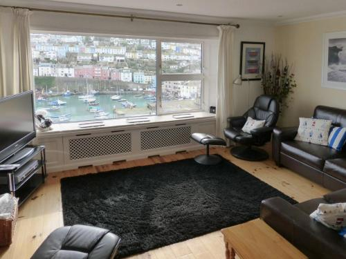 Hotel Pictures: Harbour Watch, Brixham, Brixham