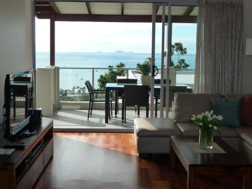 Fotos de l'hotel: Oscar's View at Whitsunday Reflections, Airlie Beach
