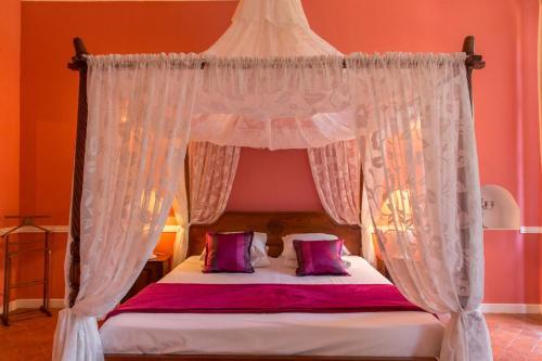 Hotel Pictures: , Murviel