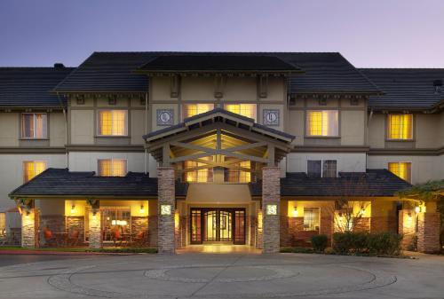 Larkspur Landing Renton-An All-Suite Hotel