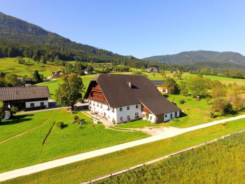 Hotel Pictures: Pilznerbauer, Strobl