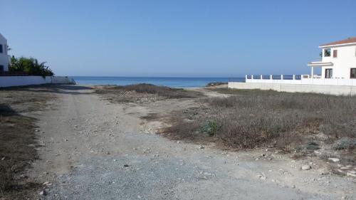 Hotel Pictures: Colonian Beach Villa No 2, Perivolia