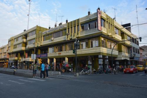 Hotel Pictures: Hotel Suites Don Juan, Milagro