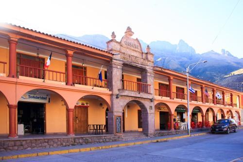 Qasana Plaza Calca