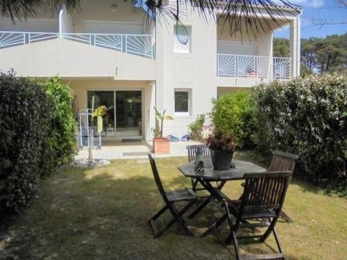 Hotel Pictures: Apartment Vendée 12, Talmont
