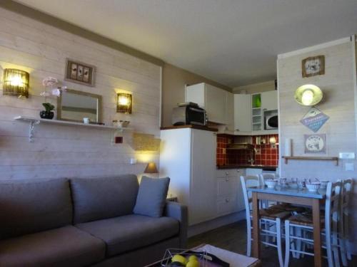 Hotel Pictures: Rental Apartment Boticotch - La Pierre Saint-Martin Ii, La Pierre Saint Martin