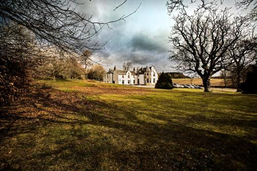 Hotel Pictures: Saplinbrae Hotel and Lodges, Mintlaw