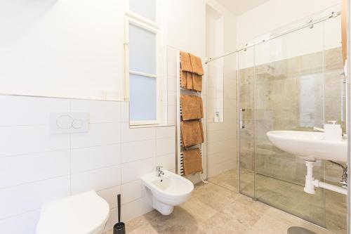 Um banheiro em Mighty Prague Apartments Stepanska