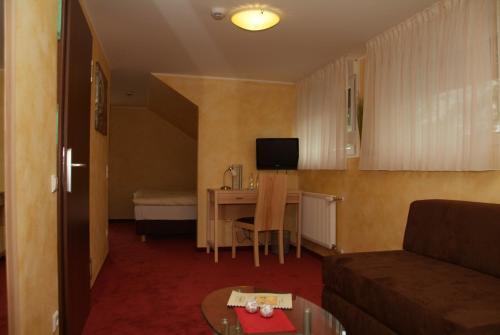 Hotel Pictures: Hotel in den GenussWerken Westenholz, Delbrück