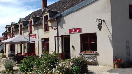 Hotel Pictures: , Saint-Aubin-le-Monial