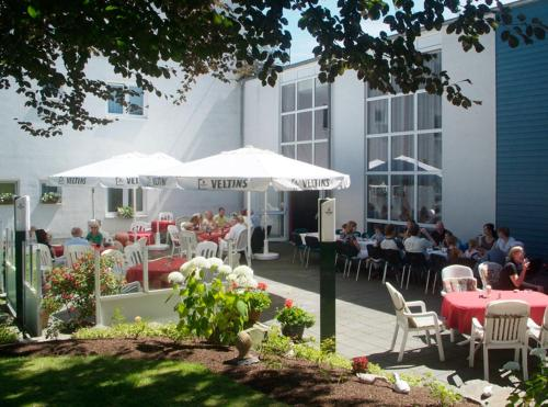 Hotel Pictures: Hotel-Restaurant Kaisergarten, Neuenrade