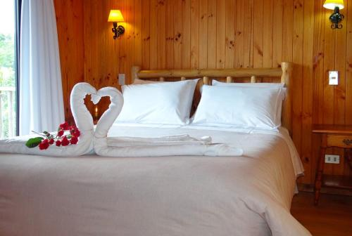 Hotel Pictures: Cabañas Lago Vichuquén, Lago Vichuquen