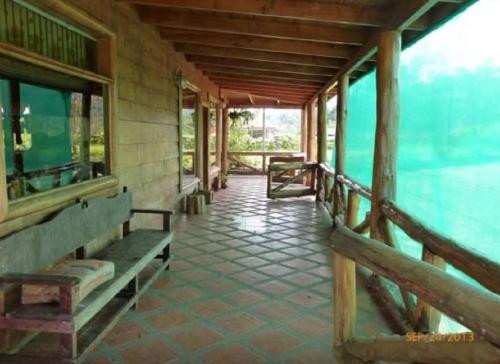 Hotel Pictures: Poas Views Cabin, Vara Blanca