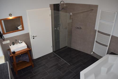Hotel Pictures: Hotel - Bistro - 3-Eck, Merchweiler