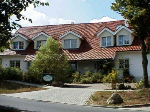 Hotel Pictures: Hotel Lindenstraße, Neuenhagen