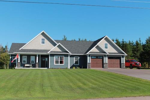 Hotel Pictures: Sandy Toes Vacation Home, Borden-Carleton