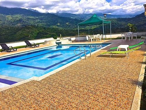 Hotel Pictures: Finca San Antonio Eje Cafetero, Potosí