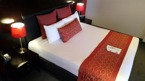 Hotel Pictures: Leichhardt Hotel, Rockhampton