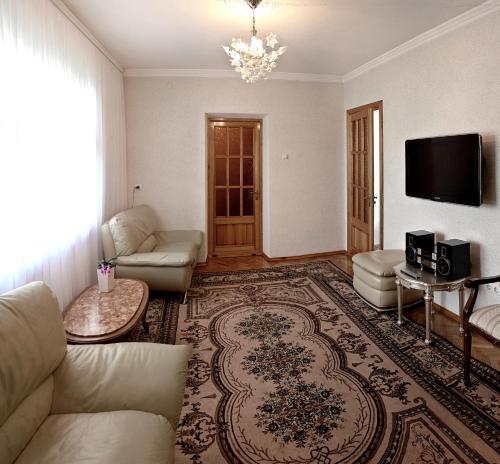 Villa Romantica on Vlaicu-Pircalab