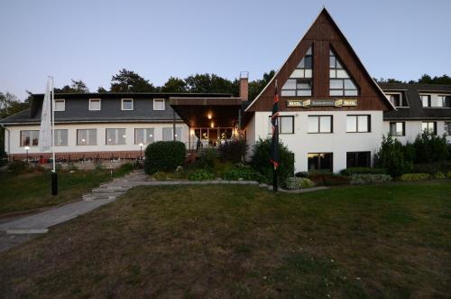 Hotel Pictures: Land-gut-Hotel Barbarossa, Kelbra