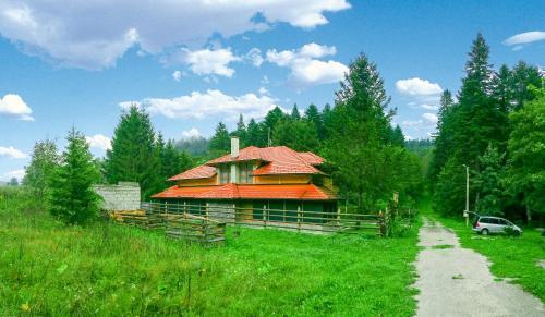 Hotelbilleder: Villa Stella Alpina, Oštrelj