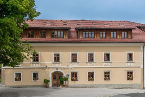 Hotel Pictures: Alte Post, Feistritz an der Gail