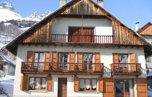 Hotel Pictures: Odalys - Chalet de Louise, Vaujany