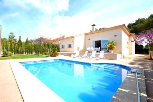 Hotel Pictures: Villa Tajo - Tolleric, Badia Blava